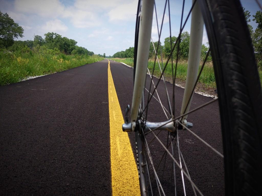 CalSag Bike Trail-Wheel Perspective